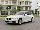 Bán BMW 320i LCI màu trắng/kem model 2017