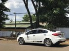 Cần bán lại xe Kia K3 đời 2014, màu trắng, nhập khẩu