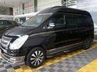 Bán Hyundai Grand Starex Limousine 2.4AT đời 2014, màu đen, xe nhập