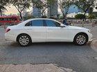 Cần bán Mercedes E200 đời 2017, màu trắng, xe nội thất, ngoại thất như mới