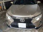 Bán Toyota Camry 2.5Q đời 2015, màu vàng, 930 triệu