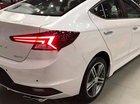 Bán Hyundai Elantra năm sản xuất 2019, màu trắng, giá 769tr