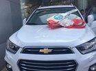 Bán Chevrolet Captiva năm sản xuất 2017, màu trắng, xe mới đi 2000km, bảo hiểm Liberty