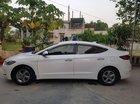 Bán xe Hyundai Elantra 1.6 MT sản xuất năm 2017, màu trắng, xe chính chủ đi giữ gìn