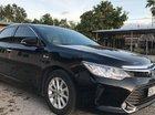 Chính chủ bán Toyota Camry 2.0E 2015, màu đen, 810tr