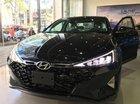 Cần bán xe Hyundai Elantra đời 2019, màu đen, mới 100%