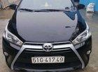 Bán xe Toyota Yaris 2017, màu đen, xe gia đình
