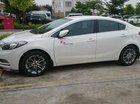 Cần bán gấp Kia K3 MT năm sản xuất 2016, màu trắng xe gia đình