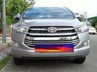 Cần bán xe Toyota Innova sản xuất 2017, màu bạc