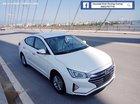 Bán Hyundai Elantra số sàn giá tốt trong tháng 7