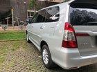 Cần bán Toyota Innova năm sản xuất 2014, màu bạc