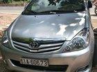 Gia đình bán Toyota Innova sản xuất 2010, màu bạc