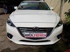 Bán Mazda 3 1.5 đời 2017, màu trắng, giá tốt