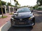 Bán Toyota Camry đời 2019, màu đen, nhập khẩu
