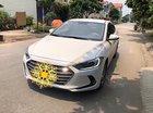 Cần bán Hyundai Elantra 1.6 MT đời 2018, màu trắng