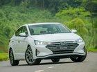 Cần bán xe Hyundai Elantra đời 2019, màu trắng, 555tr