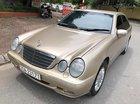 Cần bán xe Mercedes E240 đời 2003 giá cạnh tranh