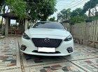 Cần bán xe Mazda 3 2.0 2015, màu trắng, 585tr