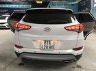 Bán Hyundai Tucson 1.6 Turbo màu trắng camay, máy xăng, số tự động, sản xuất 12/2017, một chủ đi 29000km