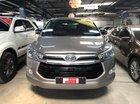 Cần bán Toyota Innova 2.0V bản Vip đời 2017, giá còn giảm mạnh, liên hệ 0907969685 gặp em Mỵ