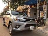 Cần bán Toyota Hilux 3.0 2015, màu xám, xe nhập còn mới, giá tốt