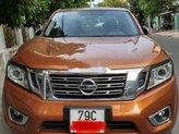 Cần bán lại xe Nissan Navara 2017, màu vàng đồng