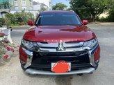 Cần bán Mitsubishi Outlander sản xuất năm 2018, màu đỏ còn mới, 775tr