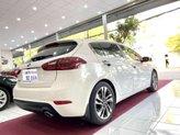 Bán Kia Cerato sản xuất năm 2014, màu trắng, nhập khẩu xe gia đình
