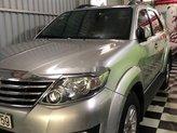 Cần bán gấp Toyota Fortuner sản xuất năm 2012, màu bạc giá cạnh tranh
