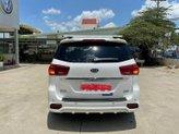 Xe Kia Sedona 2.2 DATH sản xuất 2020, đi 5.000km