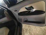 Cần bán xe Mitsubishi Grandis đời 2005, màu đen chính chủ