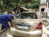 Cần bán xe Ford Mondeo đời 2003, màu vàng, xe nhập, giá tốt