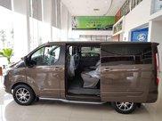 Ford Tourneo model 2020 - ngập tràn ưu đãi, tặng kèm phụ kiện1