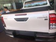 Toyota Hilux 2.4 AT sản xuất 2021, giá chỉ 670 triệu - xe giao ngay2