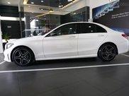 Mercedes C300 AMG 2021, giảm tiền mặt trực tiếp cùng quà tặng hấp dẫn, ưu đãi ngập tràn1