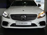 Mercedes C300 AMG 2021, giảm tiền mặt trực tiếp cùng quà tặng hấp dẫn, ưu đãi ngập tràn0