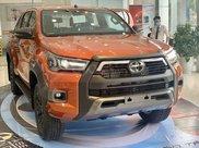 Toyota Hilux 2021 628tr, khuyến mãi full quà góp 85%0