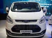 Ford Tourneo -  Ưu đãi cực khủng trong tháng 43