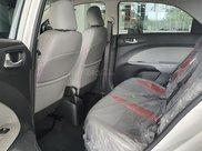 Kia Soluto - Xe to nhưng giá nhỏ - Tặng bảo hiểm thân vỏ - trả trước chỉ từ 74 triệu5