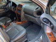 Cần bán xe Hyundai Santa Fe đời 2004, màu bạc, nhập khẩu nguyên chiếc còn mới4