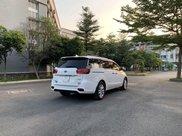 Cần bán Kia Sedona năm sản xuất 2018, màu trắng4