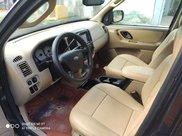 Cần bán gấp Ford Escape sản xuất năm 2004 còn mới, giá 198tr5