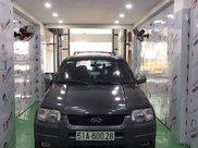 Cần bán gấp Ford Escape năm 2002, màu xám, xe nhập còn mới, giá 150tr3