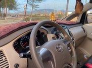 Cần bán xe Toyota Innova sản xuất năm 2015 còn mới10