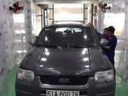 Cần bán gấp Ford Escape năm 2002, màu xám, xe nhập còn mới, giá 150tr4
