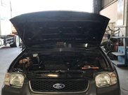 Cần bán gấp Ford Escape năm 2002, màu xám, xe nhập còn mới, giá 150tr0