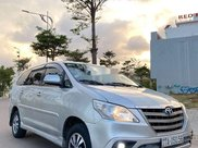 Cần bán xe Toyota Innova sản xuất năm 2015 còn mới1