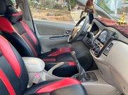 Cần bán xe Toyota Innova sản xuất năm 2015 còn mới8