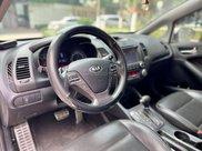 Cần bán lại xe Kia K3 2014, màu trắng, số tự động3