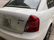 Cần bán xe Hyundai Verna sản xuất 2009, màu trắng, nhập khẩu nguyên chiếc còn mới1